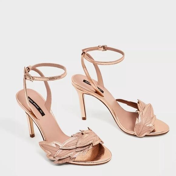 4b78302e8ea Zara High Heel Sandal Rose Gold Leaf Detail Pink🌷
